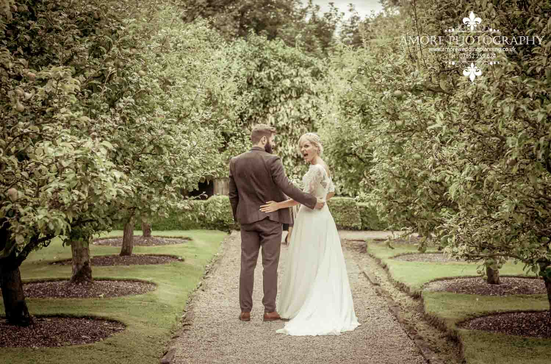 Vintage Wedding Photographer Wakefield North Yorkshire Leeds Wedding Photography Vintage Rustic Barn Weddings (106)