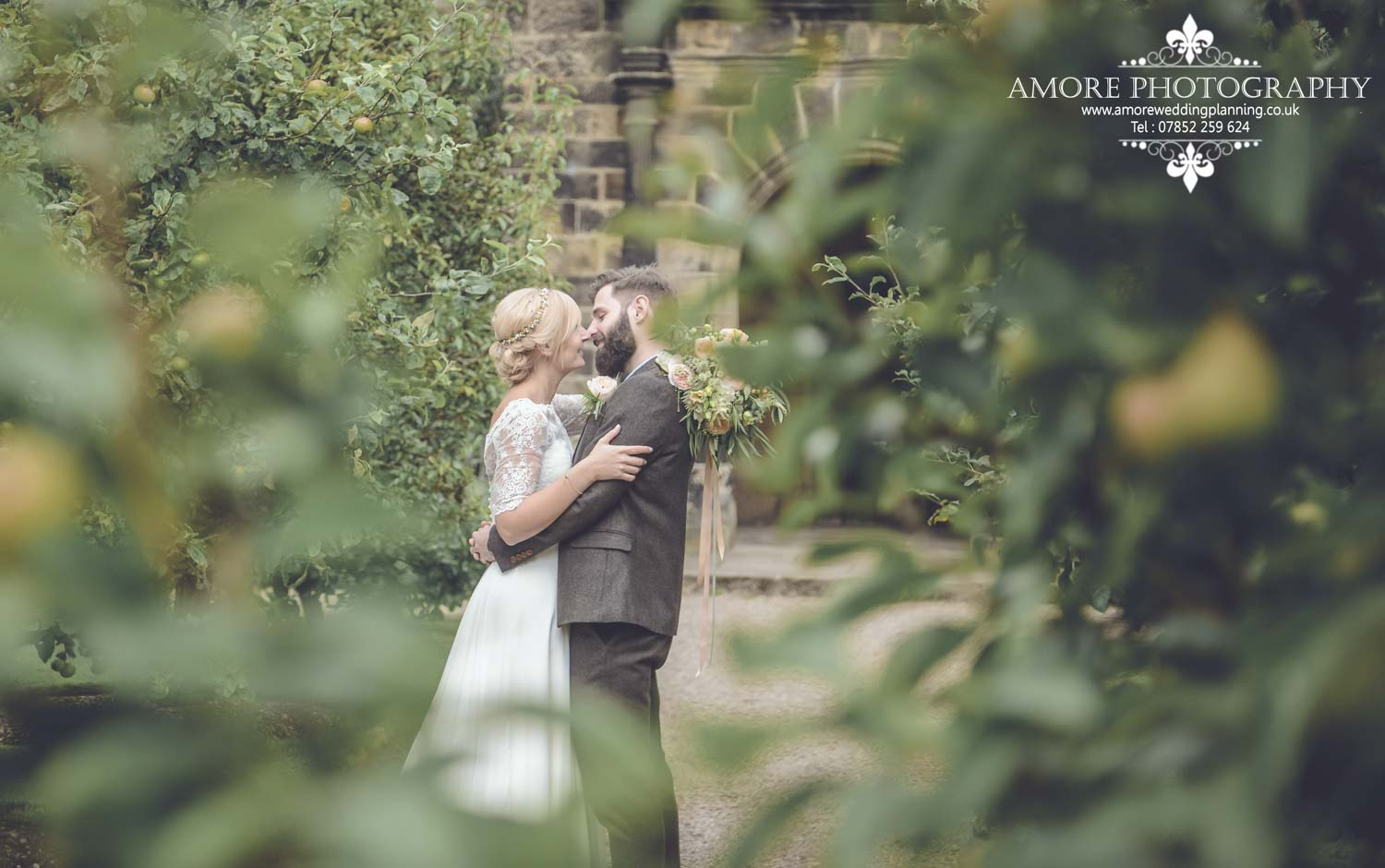 Vintage Wedding Photographer Wakefield North Yorkshire Leeds Wedding Photography Vintage Rustic Barn Weddings (108)