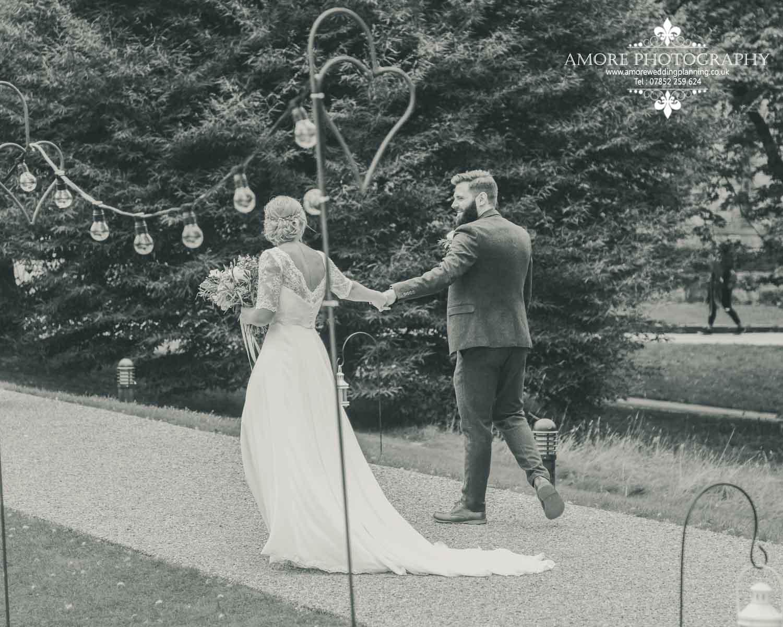 Vintage Wedding Photographer Wakefield North Yorkshire Leeds Wedding Photography Vintage Rustic Barn Weddings (118)