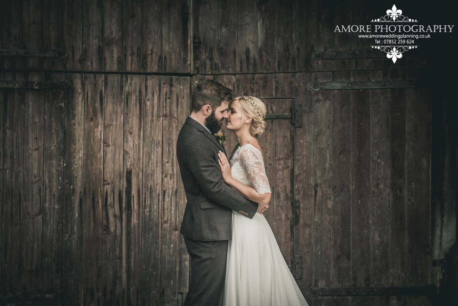 Vintage Wedding Photographer Wakefield North Yorkshire Leeds Wedding Photography Vintage Rustic Barn Weddings (126)