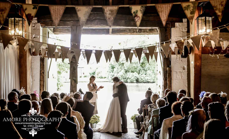 Vintage Wedding Photographer Wakefield North Yorkshire Leeds Wedding Photography Vintage Rustic Barn Weddings (61)